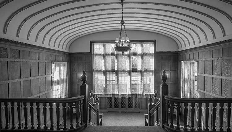 Bozarth Mansion interior
