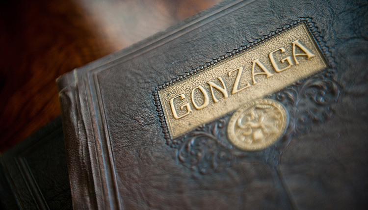 Gonzaga book from 1925