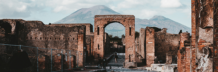Pompeii, Photo by Andy Holmes on Unsplash