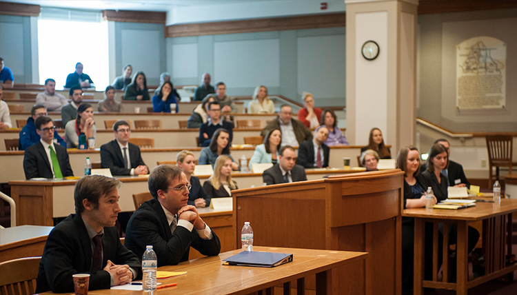 Students in Gonzaga Law courtroom