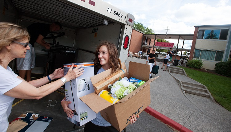 A student moving into housing.