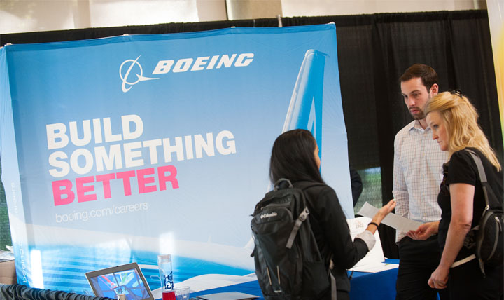 boeing recruiters talking to students