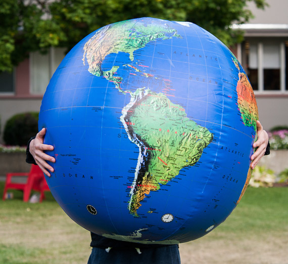 Large blowup globe
