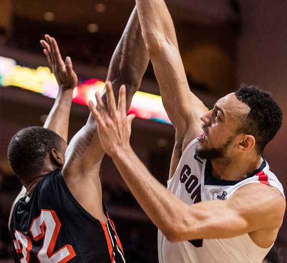 Gonzaga University basketball start Nigel Williams-Goss shooting over a defender during a game in 2017