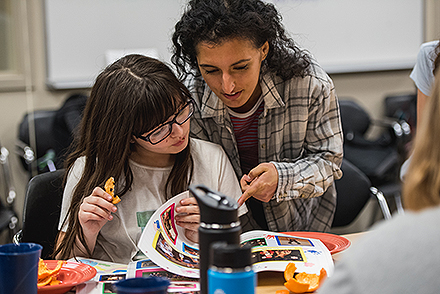 Sanna Darvish ('20) tutoring her mentee during Campus Kids. (GU photo)