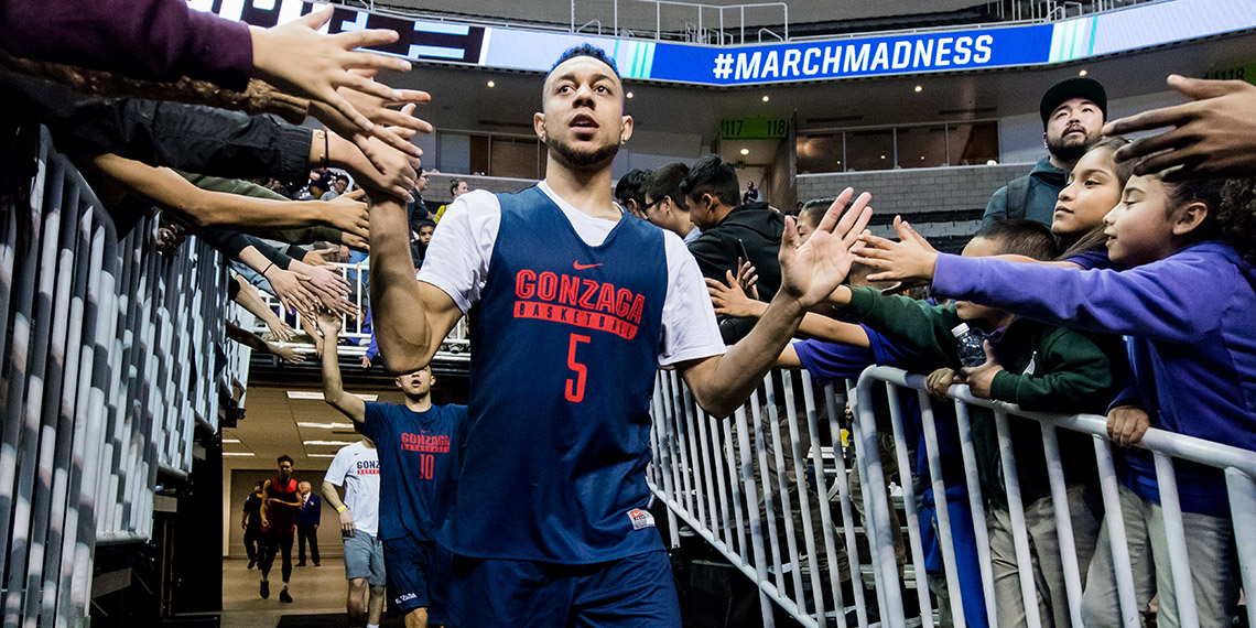 Nigel Williams Goss high fiving